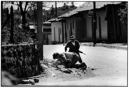 Olivier Rebbot, shot in El Salvador