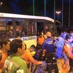Bus de Bomberos nacionales transportan a USAR al Aeropuerto